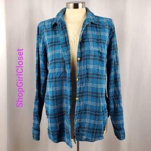 🆕️ American Eagle BF Fit Buttondown Flannel